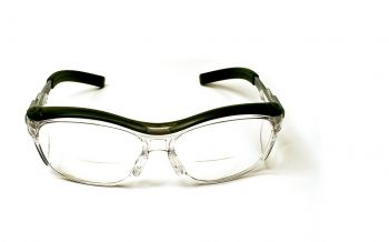 3M™ Nuvo™ Reader Protective Eyewear 11434-00000-20 Clear Lens, Gray Frame, +1.5 Diopter 20 EA/Case
