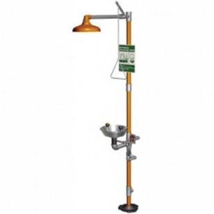 safety station with freeze protection valve