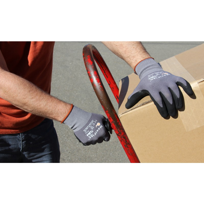 Pip Maxiflex Nitrile | Work Gloves | Enviro Safety Products, envirosafetyproducts.com